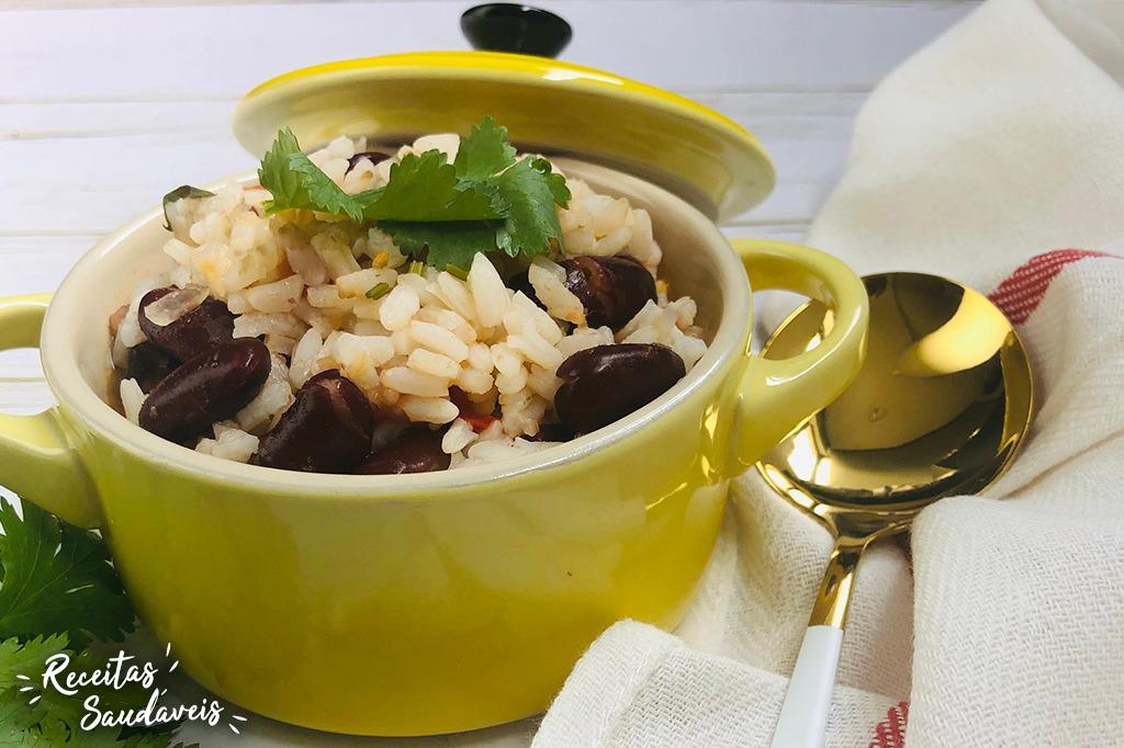 Arroz de feijão com verduras