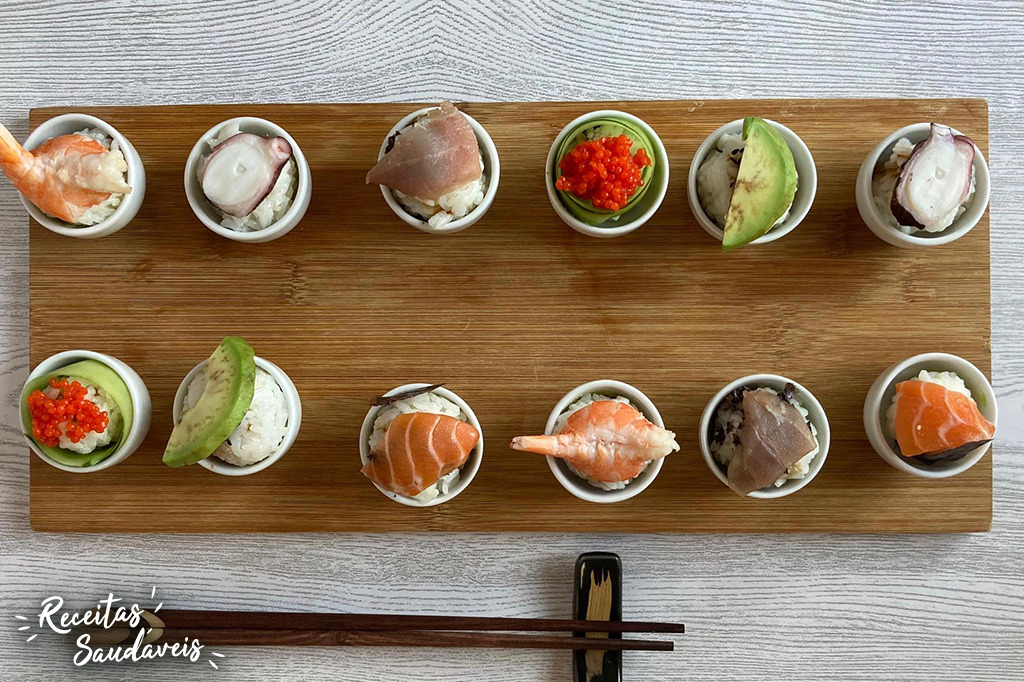 vários tipos de sushi com arroz da cigala