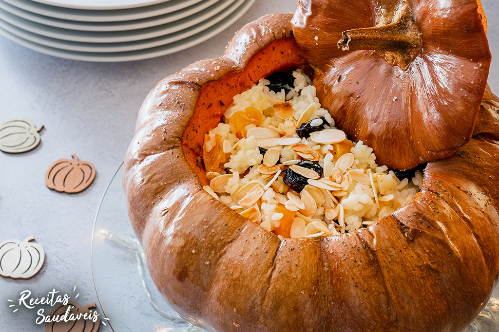 arroz ou travessura dentro de uma abóbora de receitas saudáveis cigala