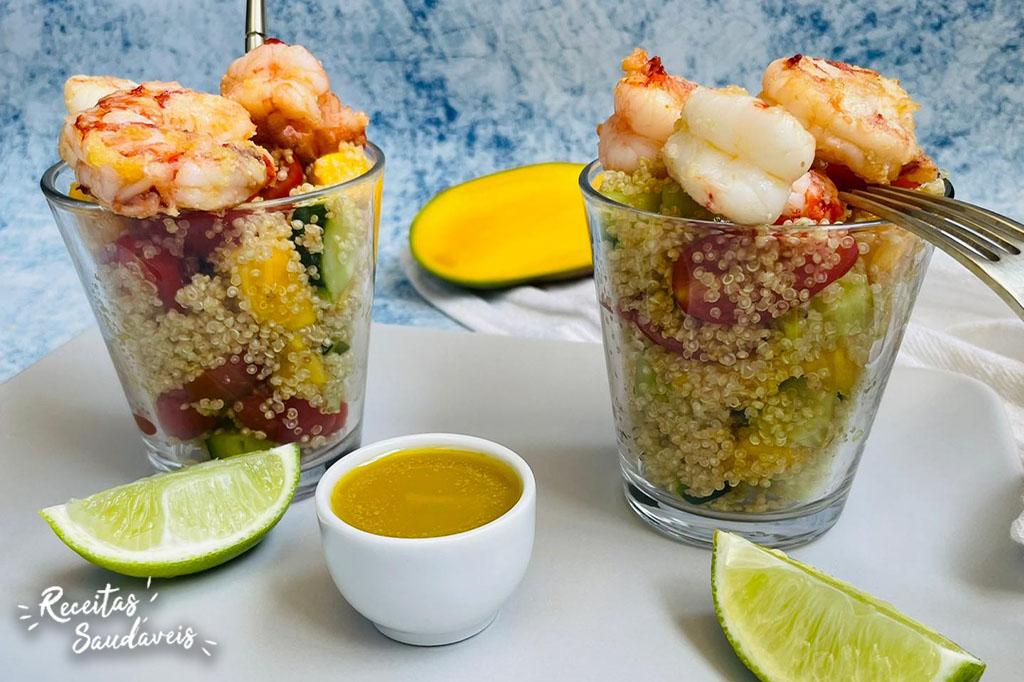 salada de quinoa com manga e camarões da cigala